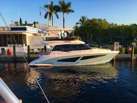 2017 Regal 42 Fly Sport Yacht