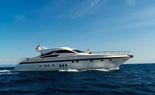 2009 italiayachts jaguar 80