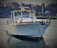 2001 Grand Banks 43 Eastbay EX