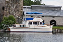 1982 Grand Banks 36 Classic