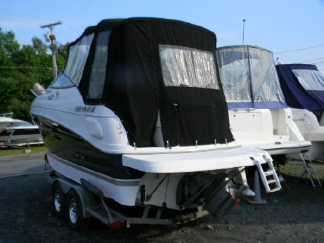 2005 Four Winns 248 Vista Cruiser