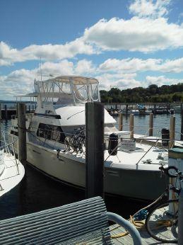 1994 Hatteras Double Cabin Motor Yacht