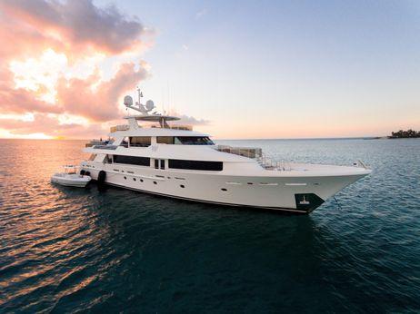 2013 Westport Tri-Deck Motoryacht