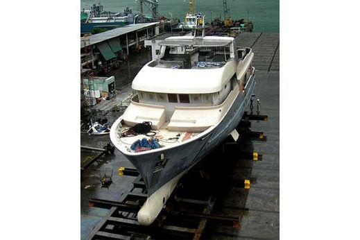 2011 Maxi Ocean Explorer 100