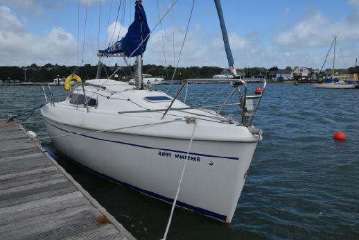 2004 Delphia Yachts Sportina 730