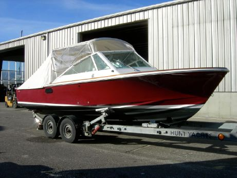 2006 Hunt Yachts Harrier 25