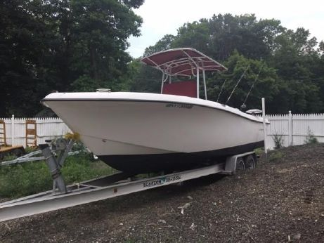 2004 Cape Craft 23 CENTER CONSOLE