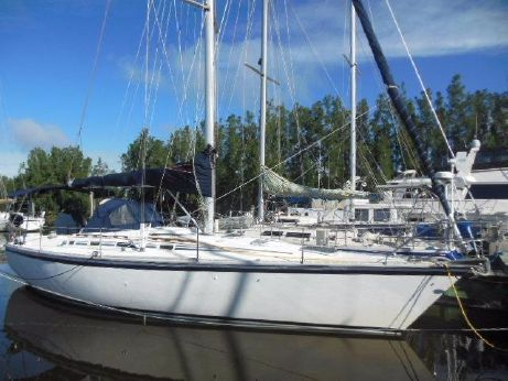 1985 Hunter Legend 40 Sloop