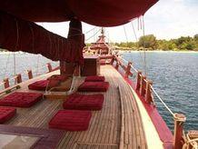 1993 Pinisi Ketch Motor Sailing Yacht