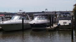 2004 Chaparral 330 Signature