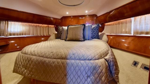 Viking V58 Yacht Forward Stateroom Bed