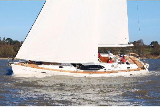 2010 Oyster 575