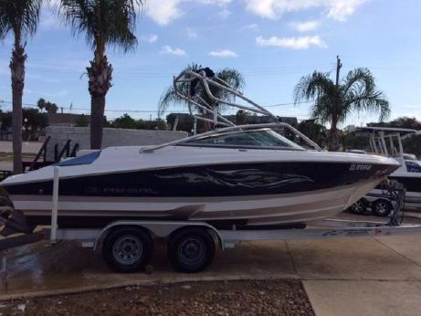 2008 Regal 2100 Bowrider