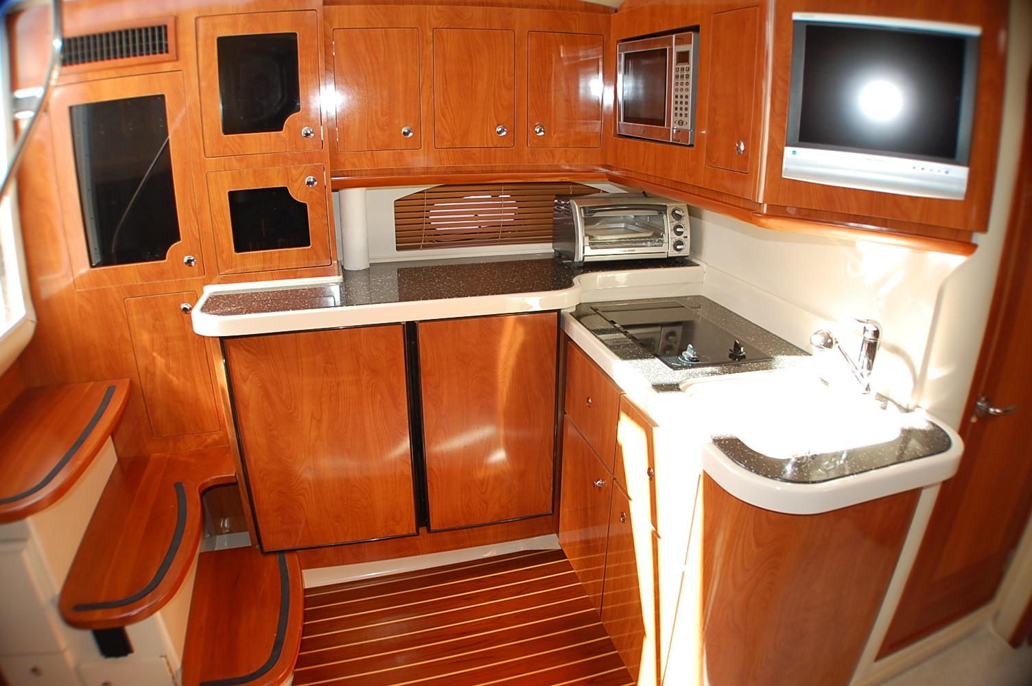 photo of  Four Winns Vista 378 Diesel