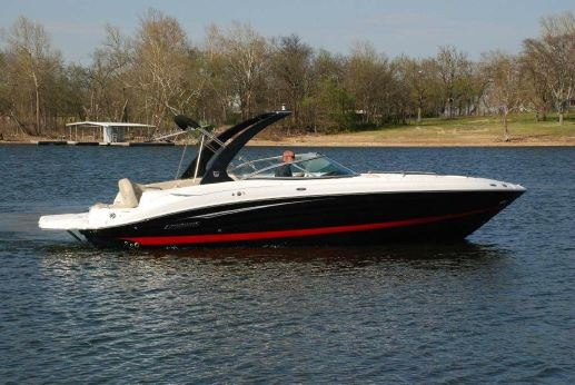 2014 Cruisers Sport Series 298 Bow Rider