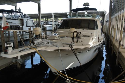 2001 Bayliner 4788 Pilothouse