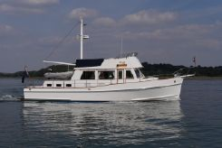 2004 Grand Banks 42 Classic