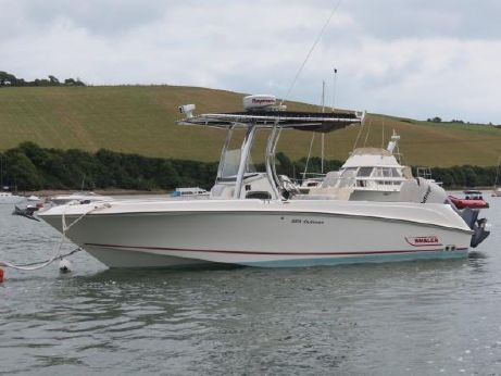 2009 Boston Whaler 220 Outrage