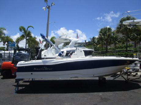 2016 Nautic Star 211 Angler