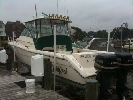 2001 Pursuit 3070 offshore center consol
