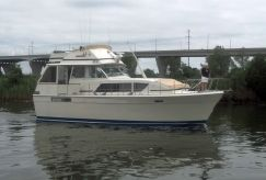 1978 Chris Craft 410 Motor Yacht