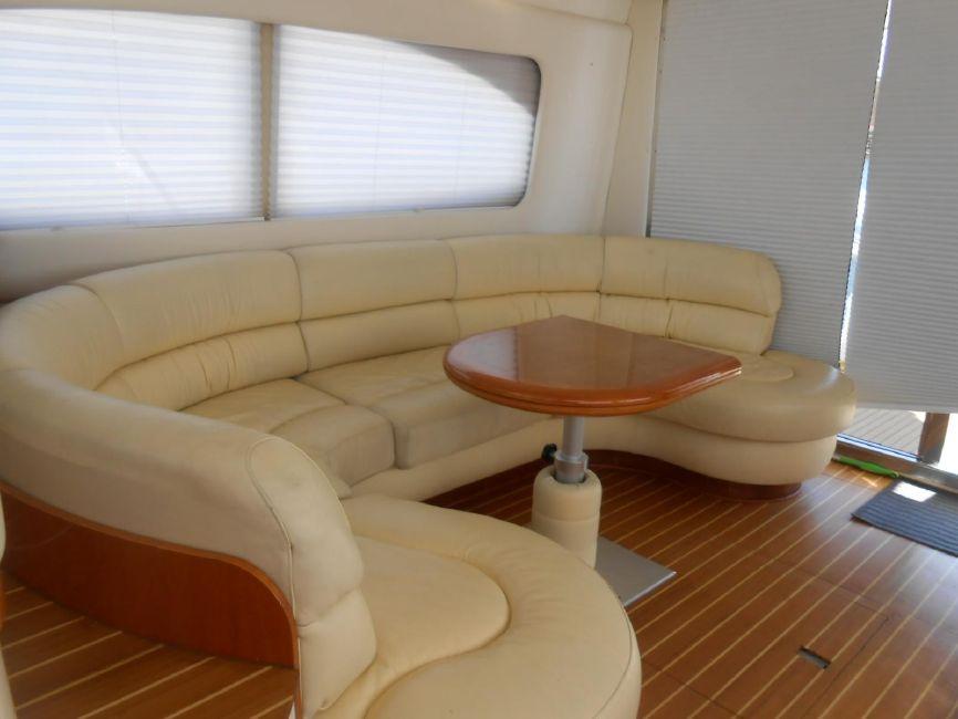 Azimut 46 Flybridge Yacht for sale in Long Beach