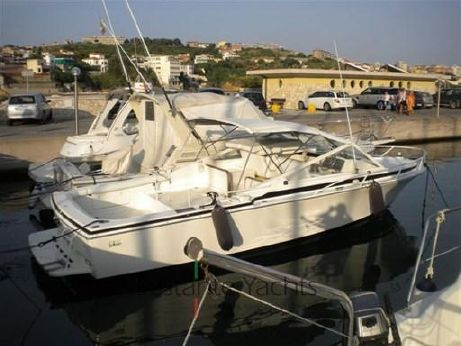 1988 Bertram Yacht 28' Moppie