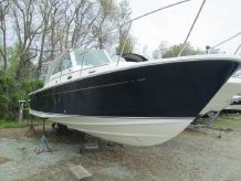 2005 Hunt Yachts Surfhunter 29