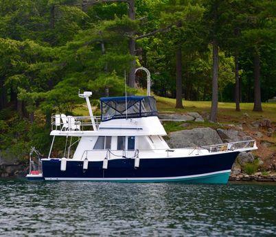 2003 Mainship 390
