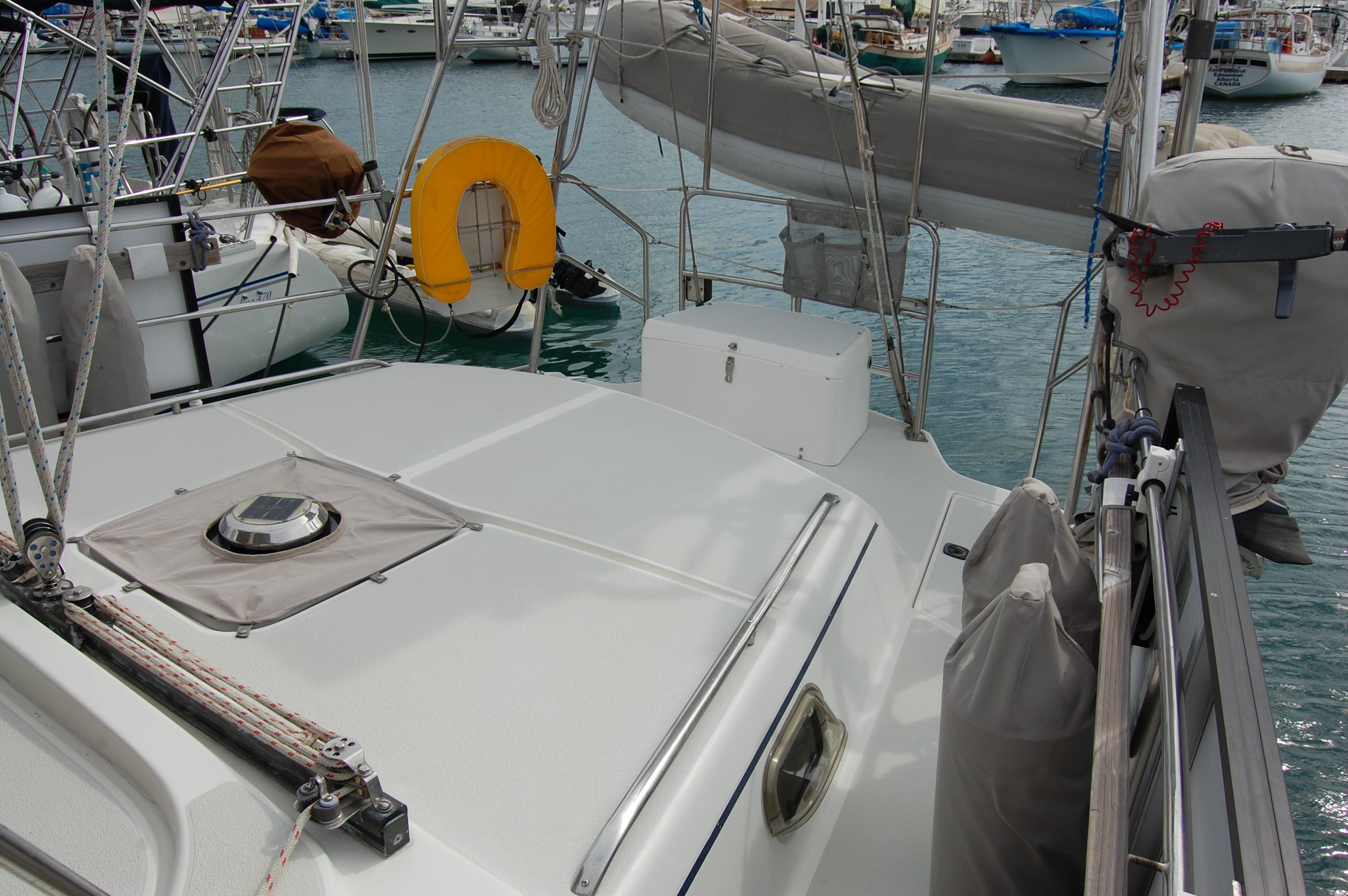45' Catalina Morgan Center Cockpit+Photo 15