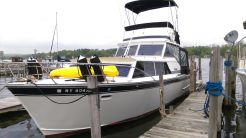 1968 Marinette 32 Express
