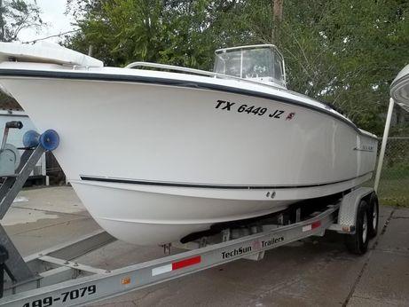 2004 Sea Hunt Triton 212