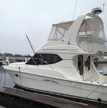 2004 Silverton Yachts 34 Convertible