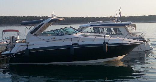 1998 Cruisers Yachts 2870