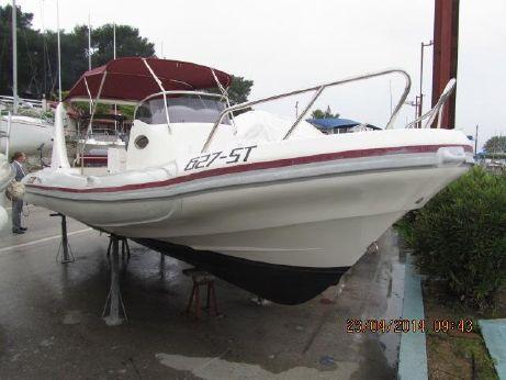 2003 Maestral 745