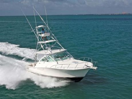 2010 Cabo 36 Express
