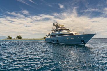 2008 Ferretti Yachts Navetta 33 custom line