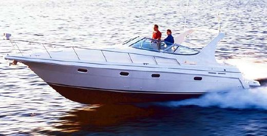 2000 Cruisers Yachts 3375 Esprit