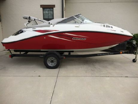 2009 Sea-Doo Sport Boats 180 Challenger SE (255 hp)