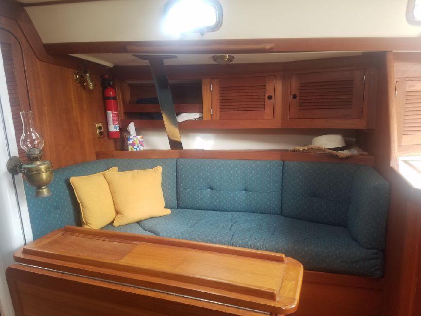 Tartan 3500 Sailboat Salon Settee