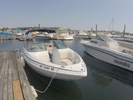 2000 Chris Craft 210