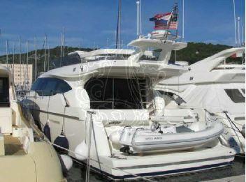 2010 Ferretti Yachts 57