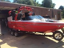 2011 Correct Craft Super Air Nautique 226 TE