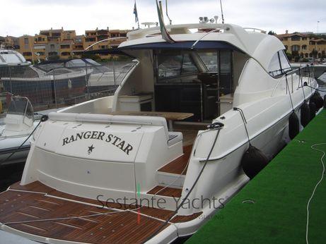 2007 Riviera Marine 4700 Sport Yacht