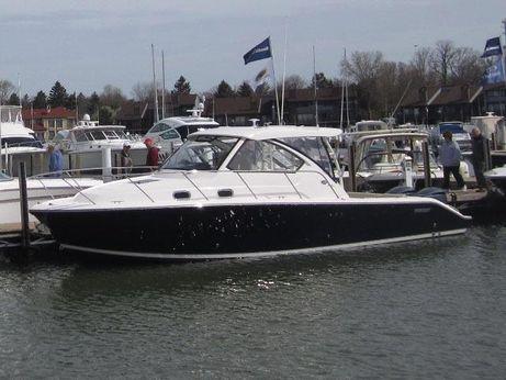 2016 Pursuit 325 Offshore