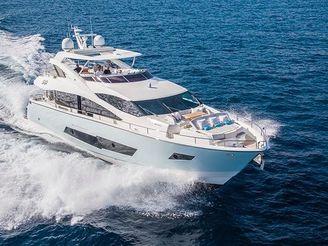 thumbnail photo 1: 2015 Sunseeker 86 Yacht
