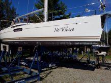 2012 Jeanneau 45 DS 360 Docking