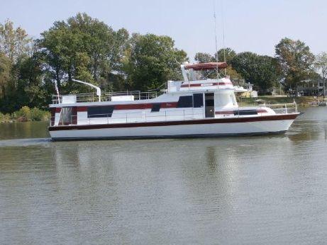 1976 Pluckebaum House Yacht