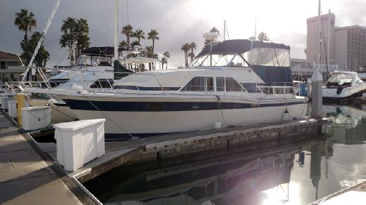 1984 Chris Craft Catalina 350