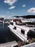 1974 Burnscraft House Boat